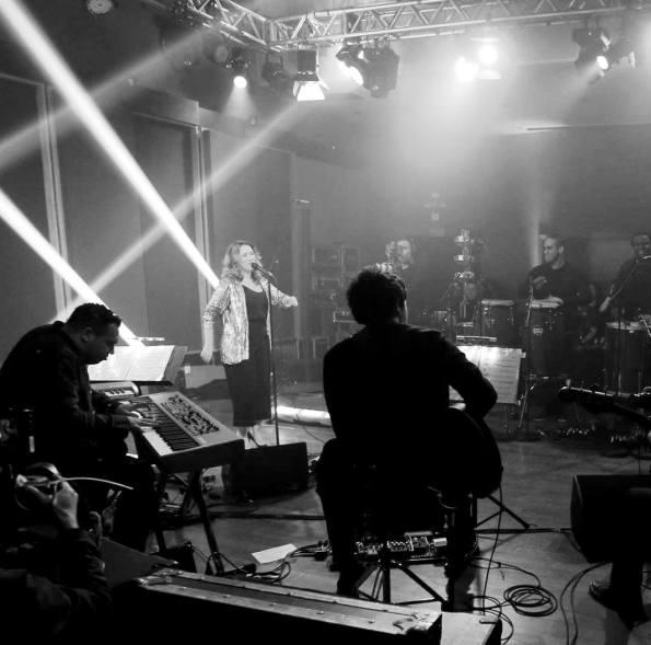 Maria Rita na gravação do DVD Coração a Batucar